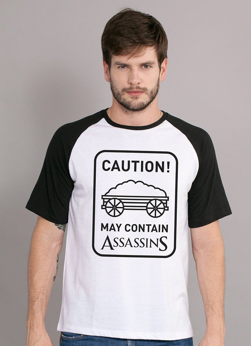 Camiseta Raglan Masculina Assassin's Creed Caution!