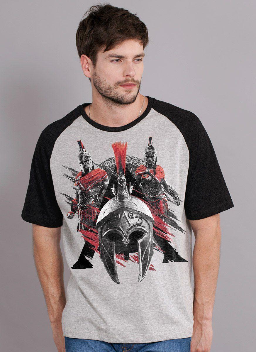 Camiseta Raglan Masculina Assassin's Creed Odyssey Espartanos