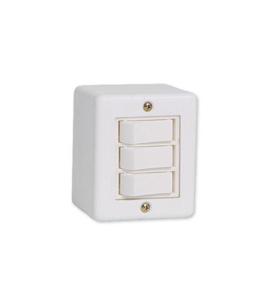 Conjunto De Sobrepor 3 Interruptor Simples  6319 Ilumi