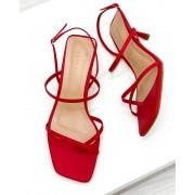 Sandália Bico Quadrado Tiras Vermelho