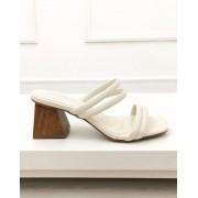 Sandália Mule Tiras Off-White