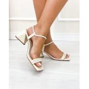 Sandália Trend Salto Triangular Off-White