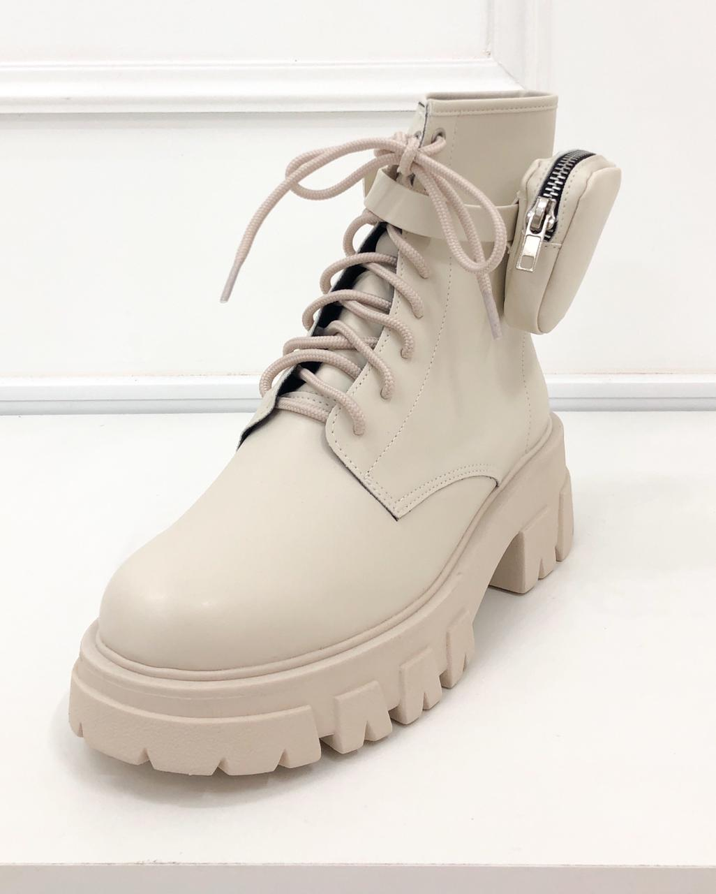 Bota Coturno Mini Pocket Off-white