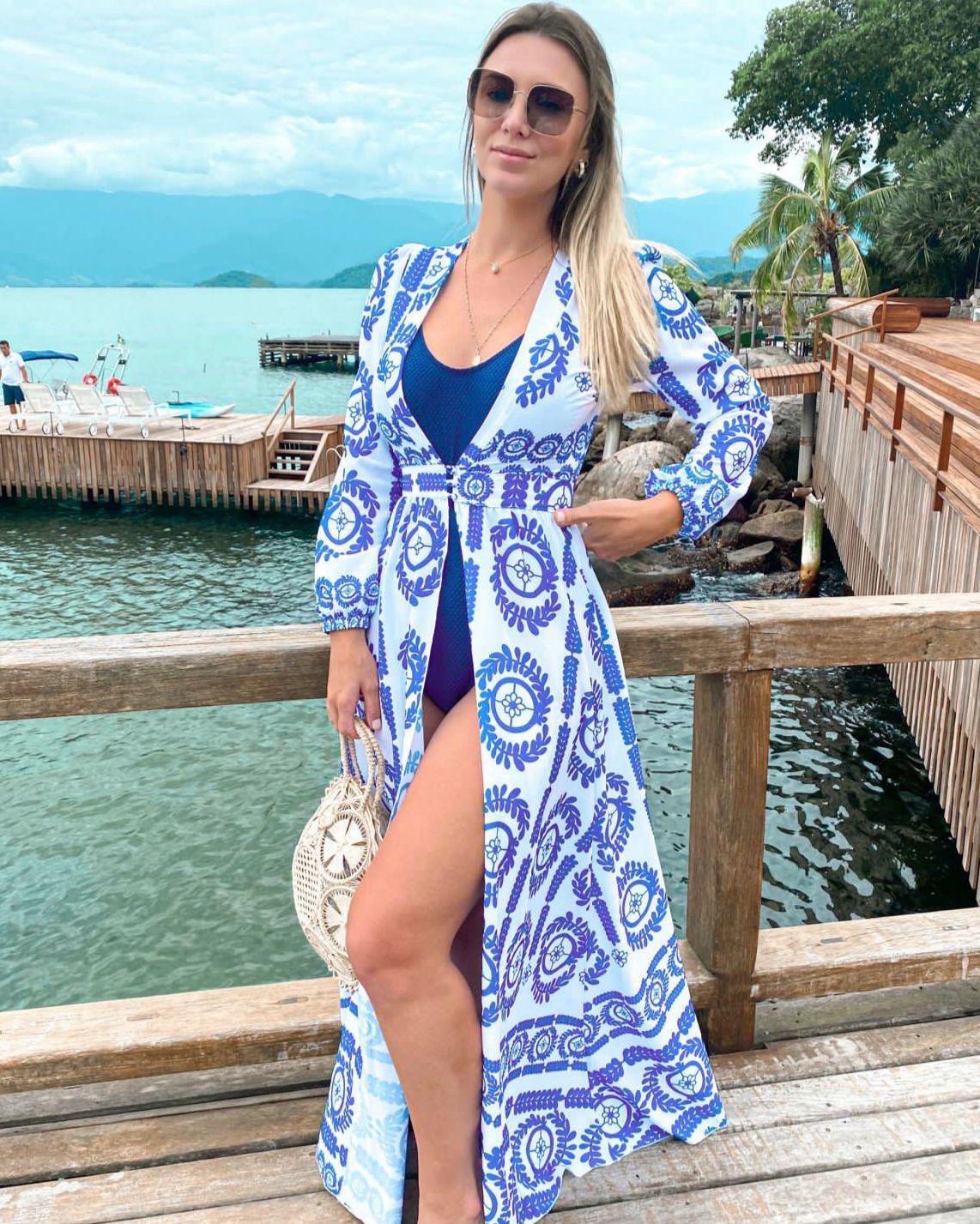 Saída de Praia Bahamas
