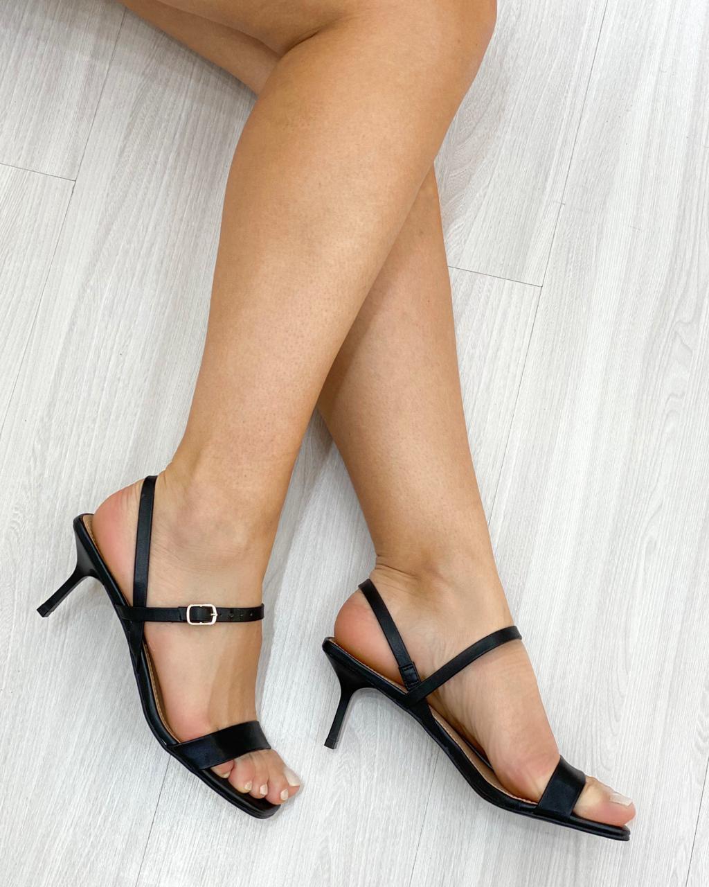 Sandália Bico Quadrado Preto