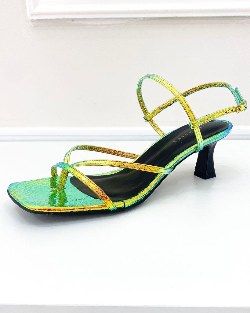 Sandália Bico Quadrado Salto Taça Holográfica