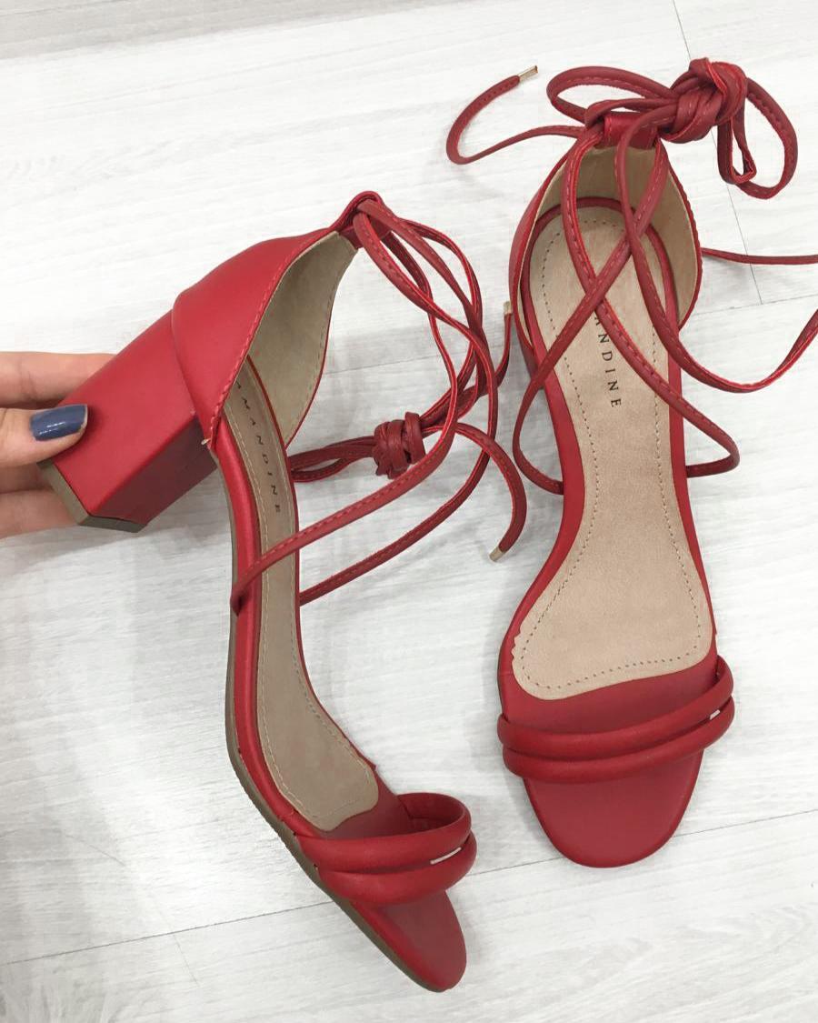 Sandália Tiras Salto Médio Vermelho
