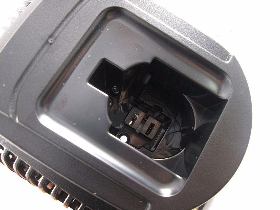 Carregador P/ Parafusadeira Dw9226 7,2v. 18v. DeWALT 220v N364050