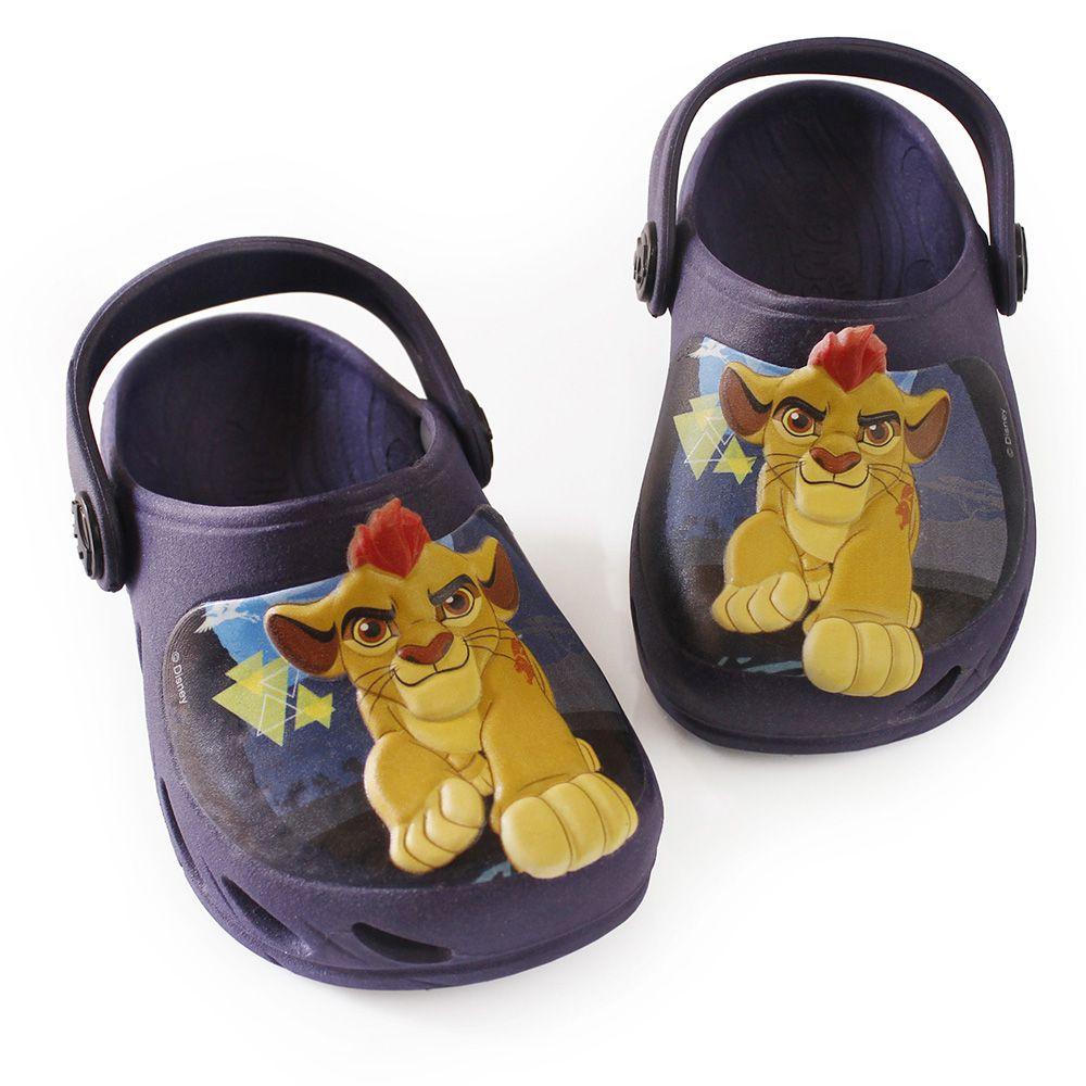 Babuche Plugt Ventor Rei Leão Lion Guard Disney Marinho