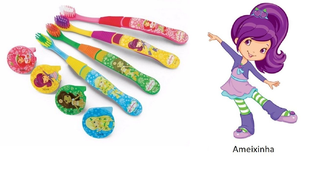 Escova dental Infantil Cerdas Macias com Capa Protetora Turma da Moranguinho - Ameixinha