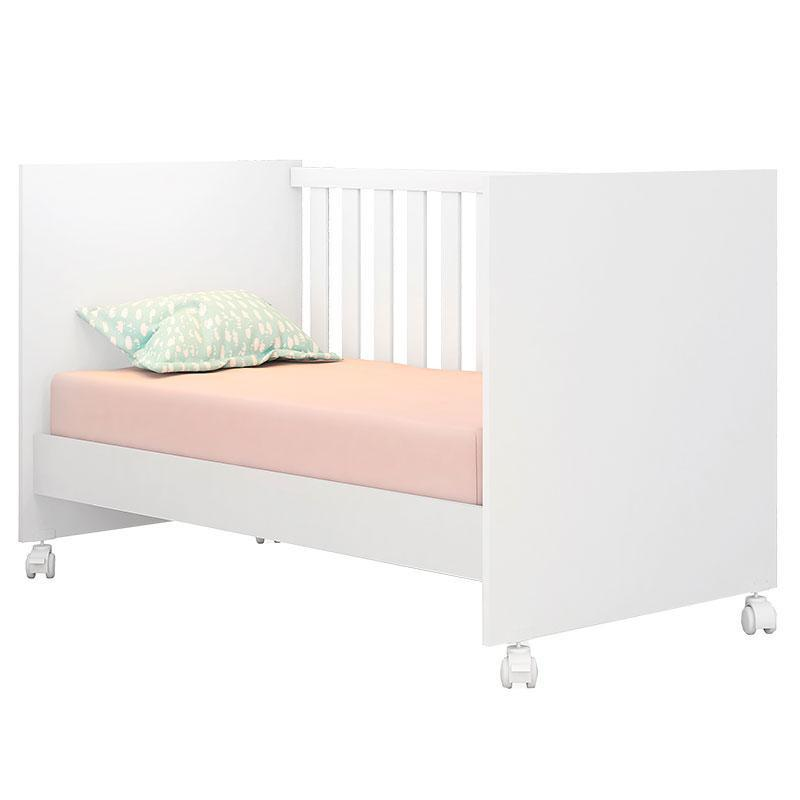 Quarto de Bebê Louise 4 Portas com Berço Doce Sonho 100 Rodízios Branco Brilho e Colchão - AJL