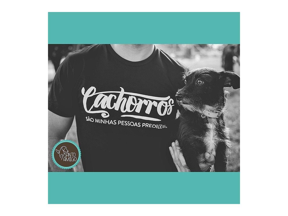 Camiseta Unissex Cachorros são Minhas Pessoas Prediletas