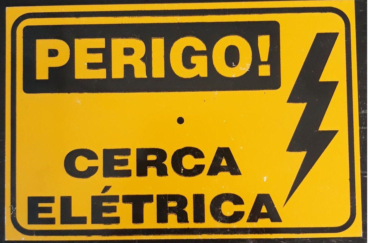 PLACA RISCO CHOQUE ELÉTRICO 15 mm x 10 mm