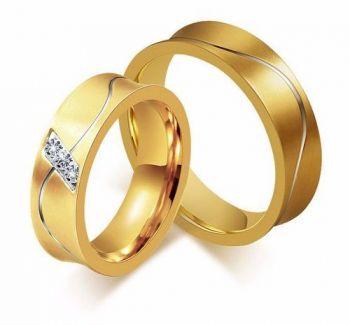 Par Aliança Anel Casamento Noivado Banhada Ouro Com Zircônia