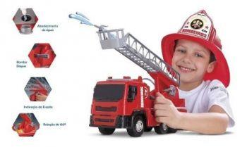 Brutale Caminhão De Bombeiro - Roma Brinquedos