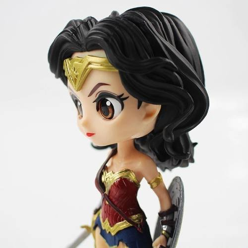 Boneca QPosket Mulher Maravilha Liga Da Justiça