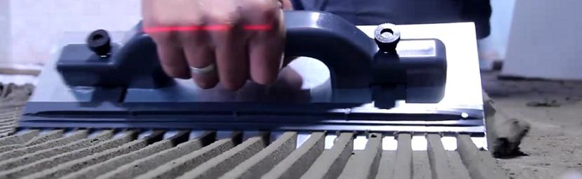 Desempenadeira Aço Dentada Com Regulagem 430mm X 120mm Alfa