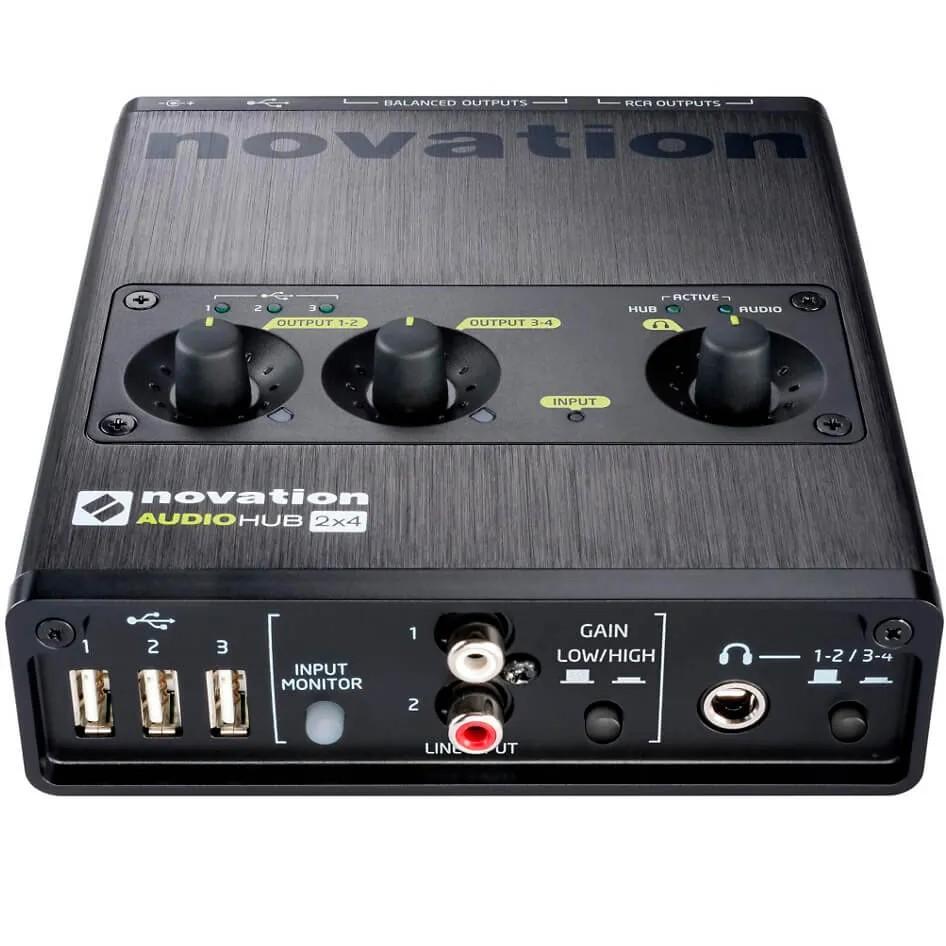 Interface de Áudio Novation Audiohub 2x4 USB
