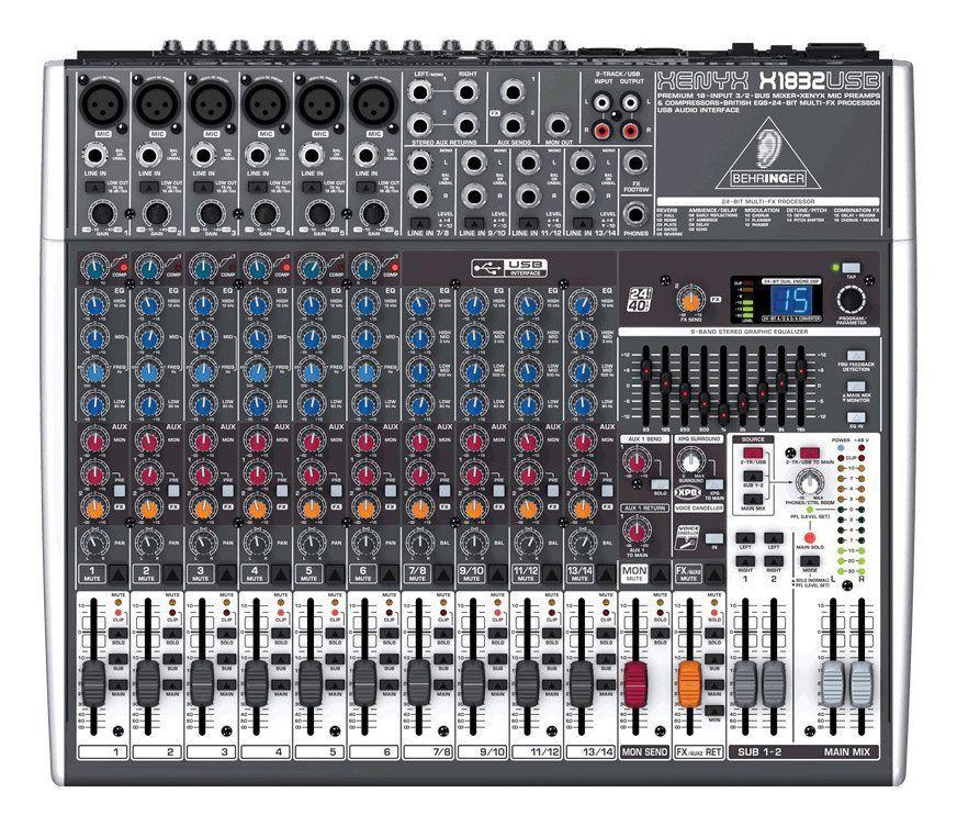 Mesa de Som Behringer Xenyx X1832 USB 14 Canais