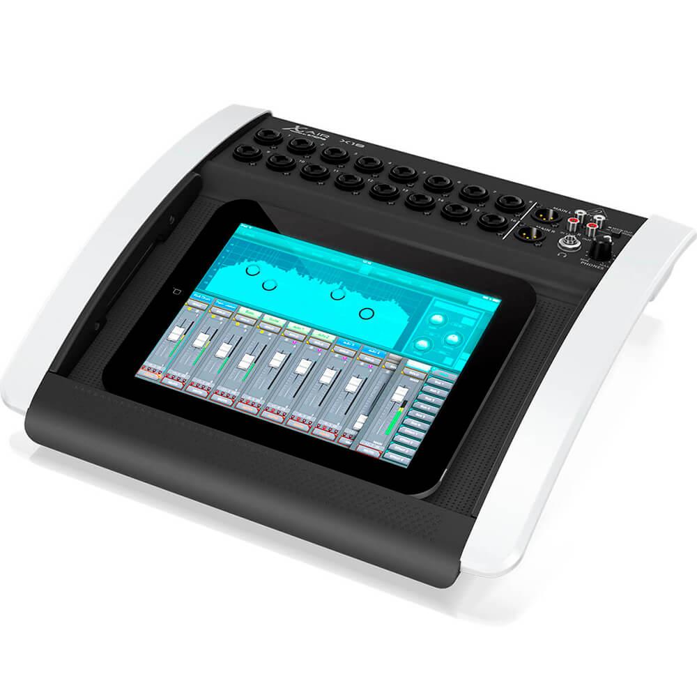 Mesa de Som Digital Behringer X-Air X18 18 Canais C/ Efeitos Bivolt
