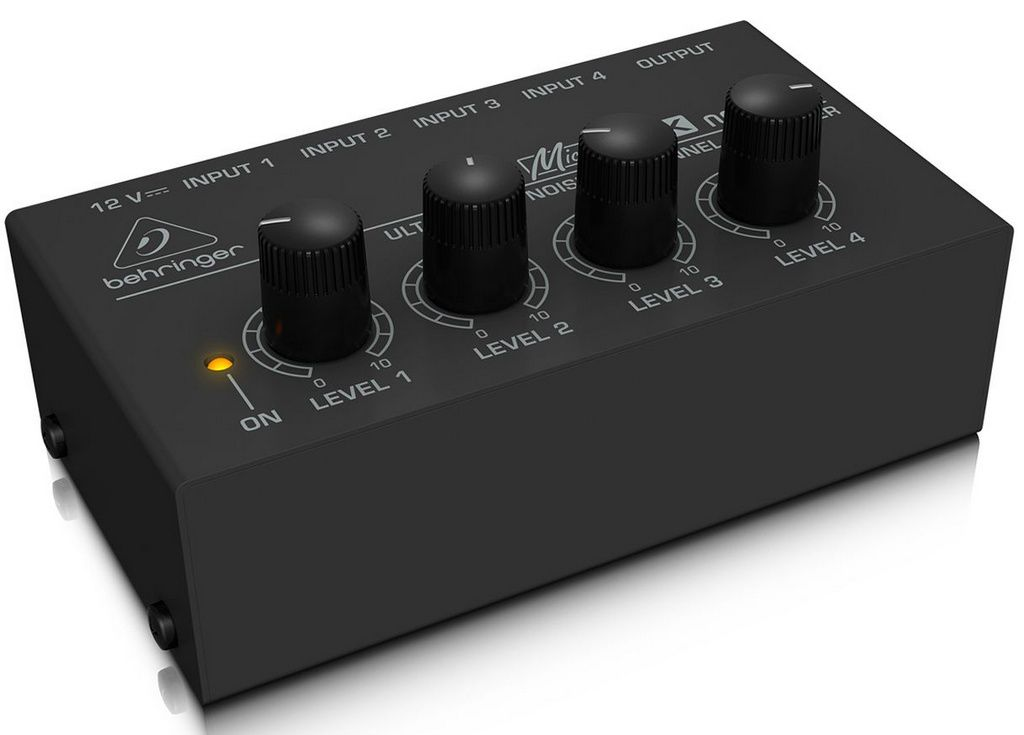 Mixer Behringer Micromix MX400 4 Canais
