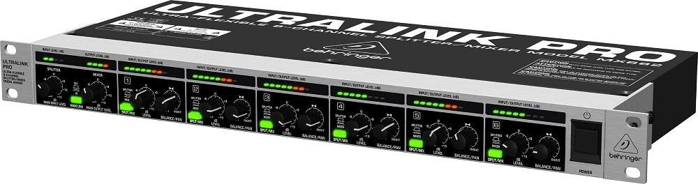 Mixer Behringer Ultralink Pro MX882 8 Canais