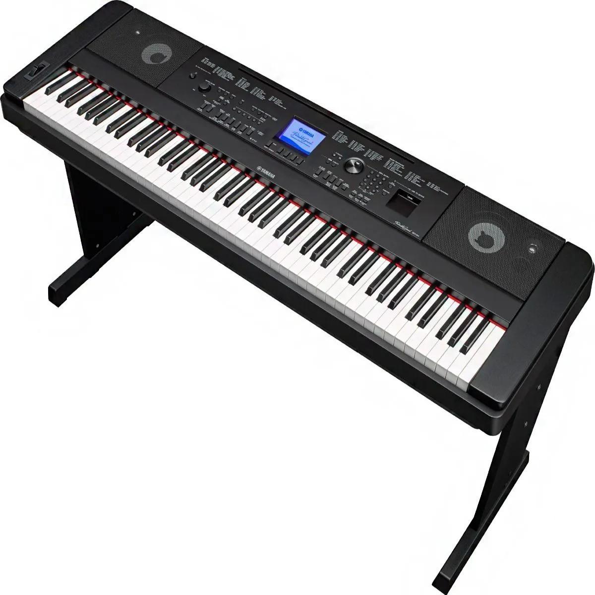 Piano Digital Yamaha DGX660 88 Teclas com Estante