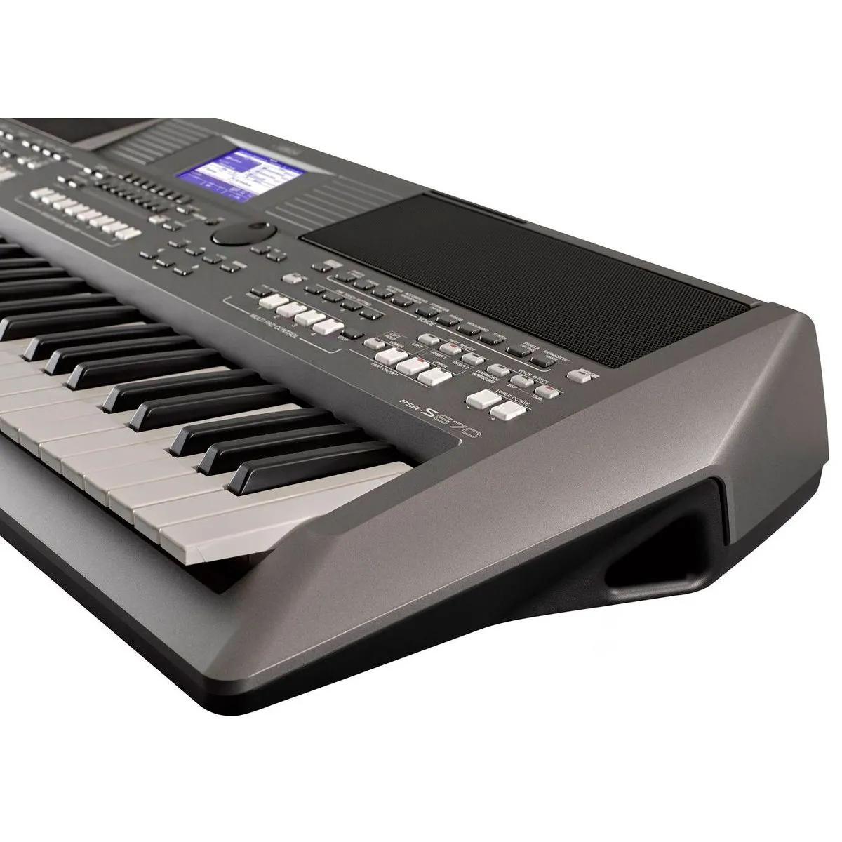 Teclado Arranjador Yamaha PSR S670 61 Teclas
