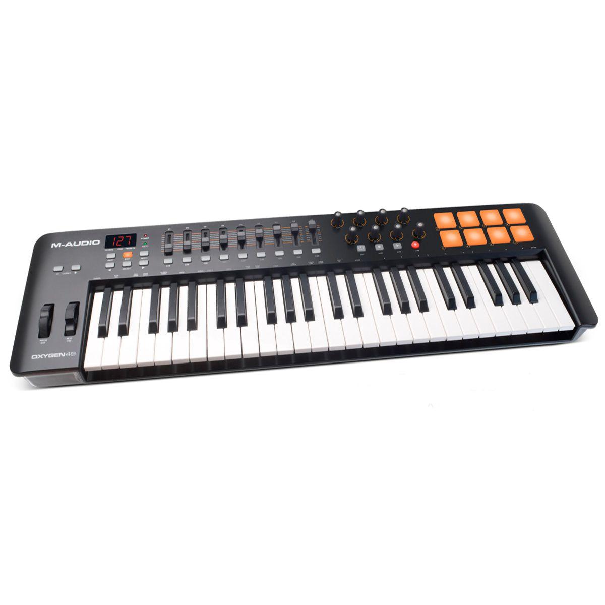 Teclado Controlador M-Audio OXYGEN 49 IV