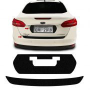 Kit Protetor Do Porta-Malas Focus Sedan 18 + Fundo De Placa