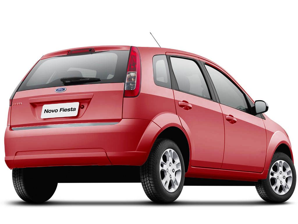 Friso Porta-Malas Ford Fiesta Hatch + Kit Soleira Protetora