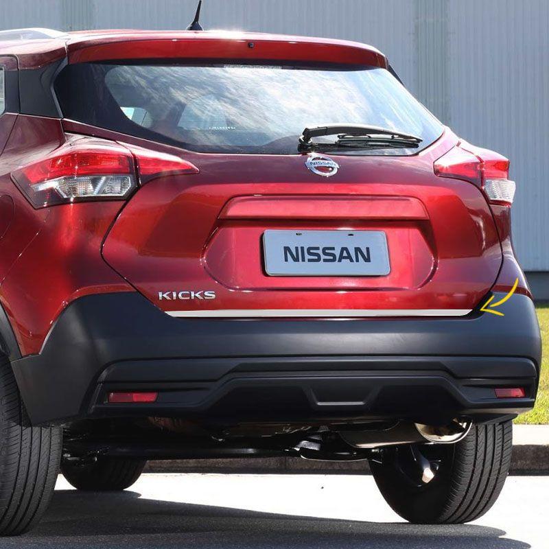Friso Traseiro Porta-Malas Nissan Kicks 2016/2017 Escovado