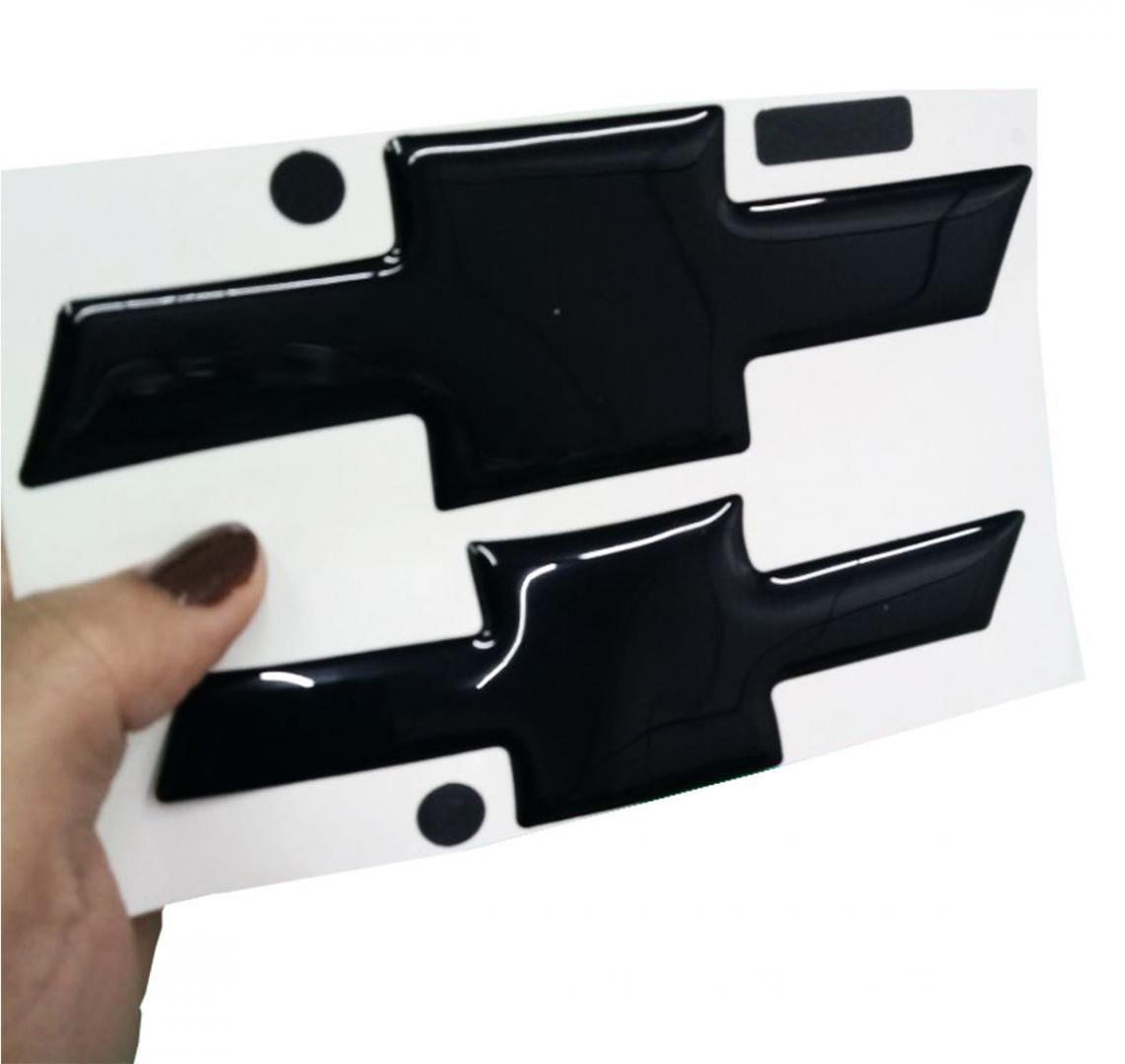 Gravata Adesiva Resinada Chevrolet Spin 2018 Black Piano