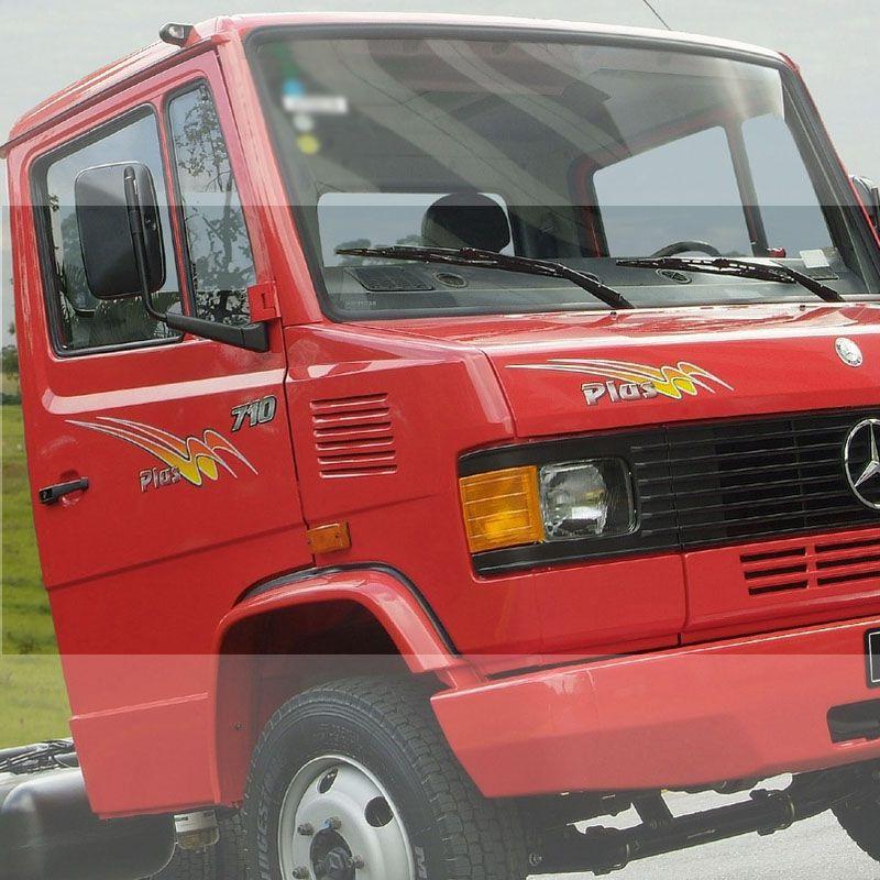 Kit Faixa Mercedes Mb 710 Plus 2004 + Emblemas Resinados