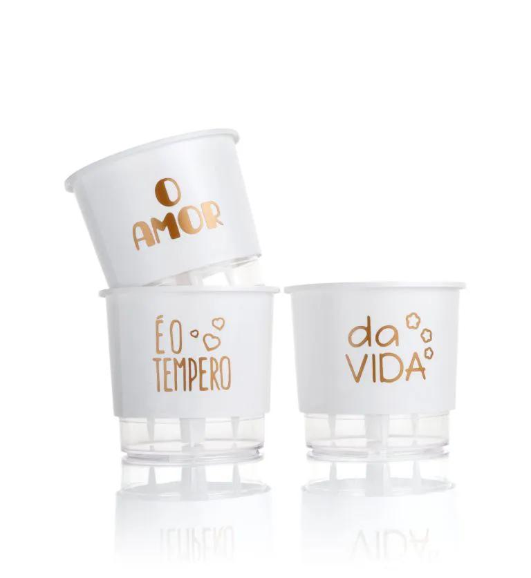 Conjunto 3 Vasos Autoirrigáveis Pequenos 12cm x 11cm O Amor é o Tempero da Vida - Branco