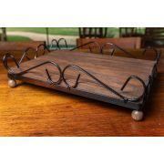 Bandeja arte em madeira e ferro