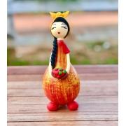 Boneca Camponesa em Cabaça - Amarela