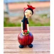 Boneca Camponesa em Cabaça - Vermelha