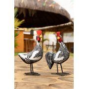 Casal de galinhas caipira em madeira e pés em ferro preta