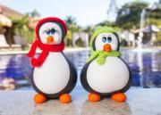 Casal de Pinguins com Toca e Cachecol de Lã - Vermelho e Verde