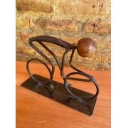 Escultura Artesanal Ciclista em Ferro