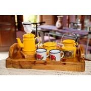 Kit Bandeja + Peças de Café / Amarelo com Canecas Brancas Floridas