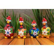 Kit galinhas em cabaça com flor no peito com 4 peças