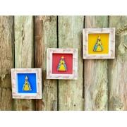 Kit Quadros em Madeira Rústica Decorados com Nossa Senhora Aparecida