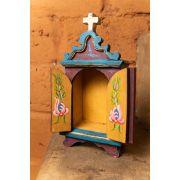 Mini oratório em madeira com portas