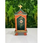 Oratório em Madeira Vermelho com Fundo Verde - 30 x 13 x 7,5 cm
