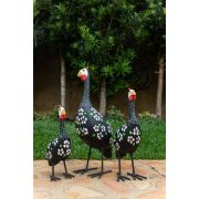 Trio de galinhas da angola madeira e ferro 2