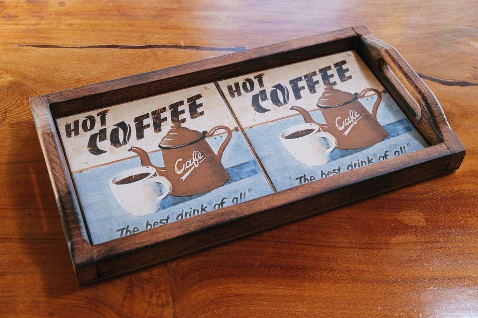 Bandeja em Madeira e 2 Ladrilhos - Hot Coffee 1