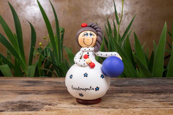 Boneco em Cabaça Profissões - A Fisioterapeuta