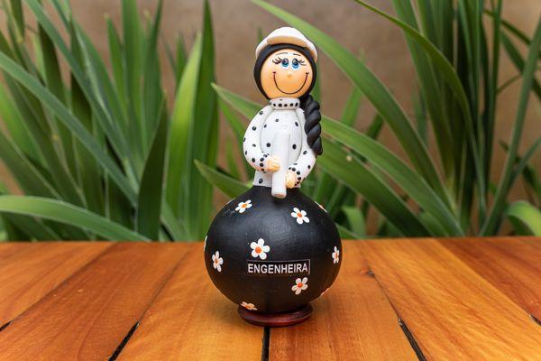 Boneco em Cabaça Profissões - Engenheira